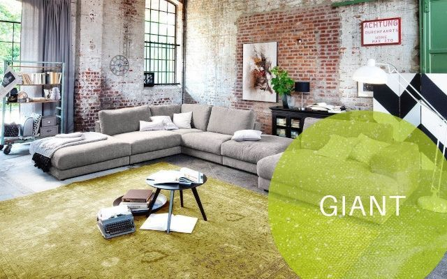 Candy Sofa Giant